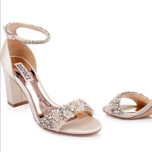 Badgley Mischka Cream wedding heels